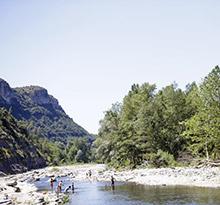 Campings pour la pêche Flower Campings le Plan d'Eau la rivière
