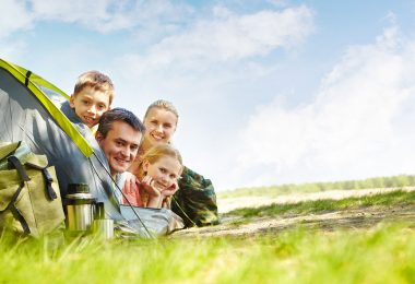 Assurance annulation de séjour famille