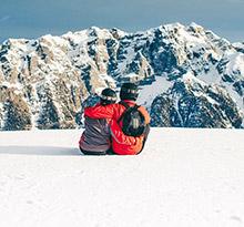 vacances camping couple a la montagne