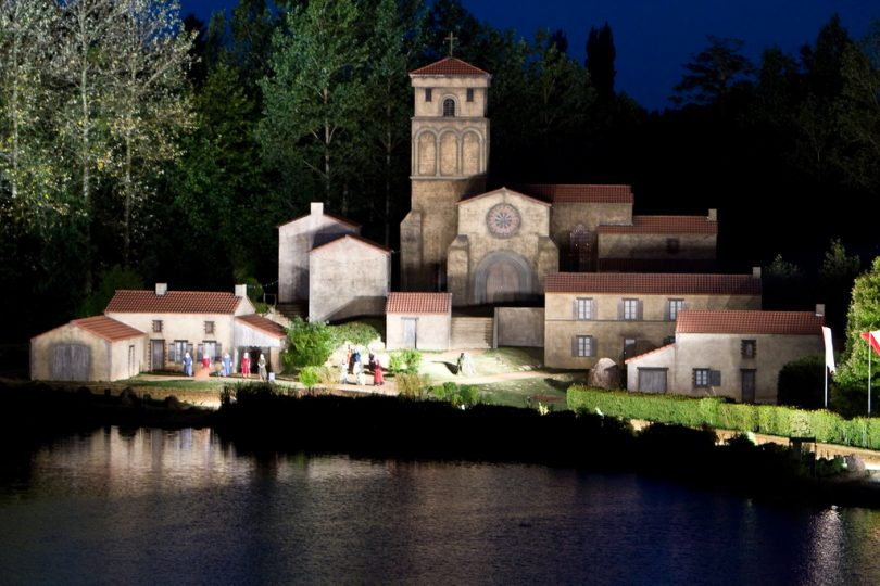 Village spectacle Puy du Fou