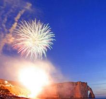 14 juillet, feu d'artifice Etretat